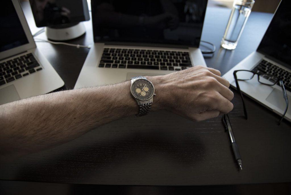 Aprenda a administrar o tempo e o contato com o novo