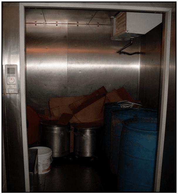 câmara de resfriamento de sobras de alimentos, para evitar proliferação de insetos ou bactérias.