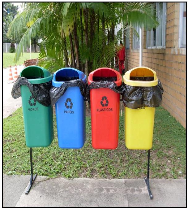 Imagem externa do trabalho realizado dentro da empresa e junto aos funcionários sobre educação ambiental.