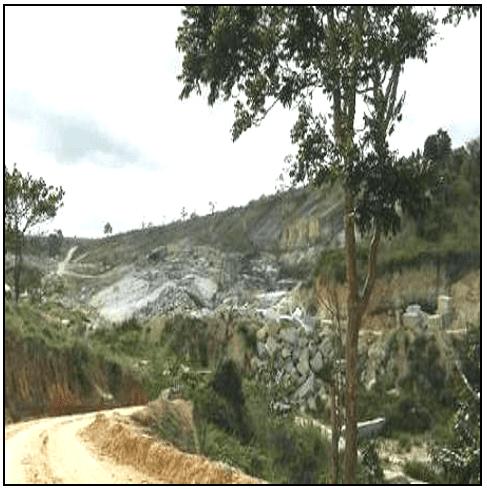 Impactos ambientais na lavra de rochas ornamentais. Fonte: CEFET- ES (2011).