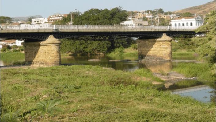 Figura 9: Ponte sobre Rio Paraíba do Sul. Fonte: Google Imagens.