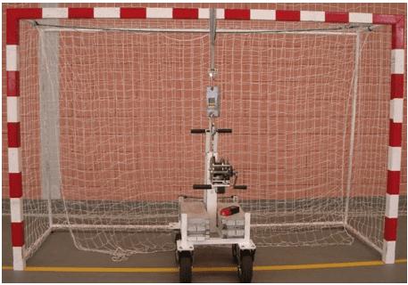 Figura 21 – Traves de futsal: ensaio de resistência. Fonte: Engº José Manuel Viegas - Lemon Safe (Pt)