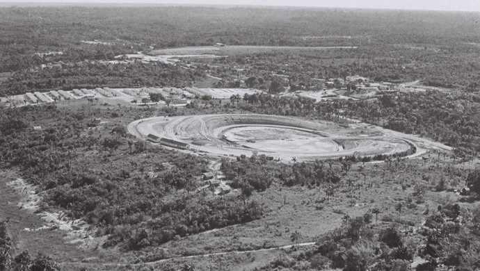 Figura 7 - Terreno onde foi instalada a pedra fundamental e construído o estádio Vivaldão. Fonte: Skyscrapercity, 1963.