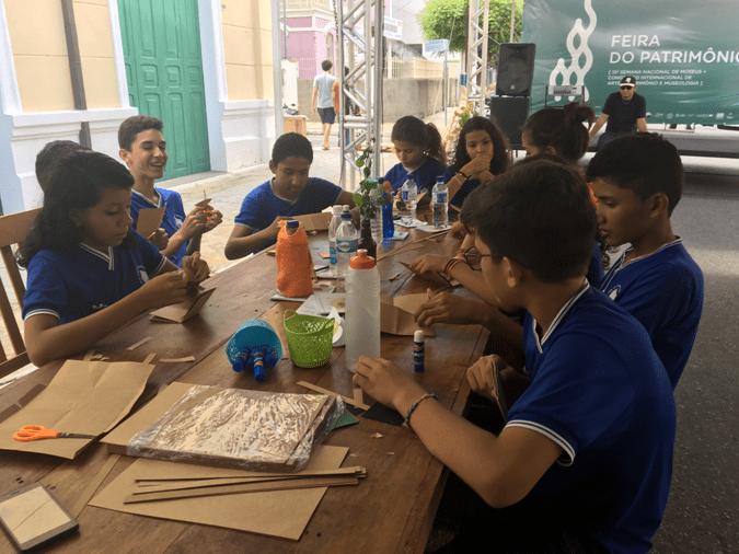 Figura 1 - Los estudiantes, Fair BR patrimonio (2017). Foto Cássia Moura