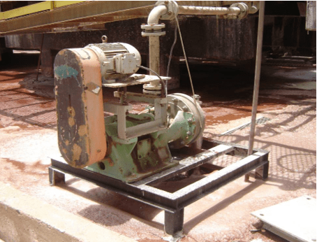 Figure 14 – operation manual pump installed on containment basin of silicate leaching. Source: company file.